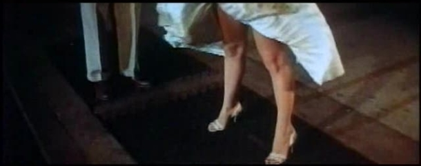 Monroe's_skirt_blows_up_in_The_Seven_Year_Itch_trailer_1